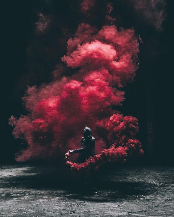 Special Effects In Photography Using Smoke Grenades